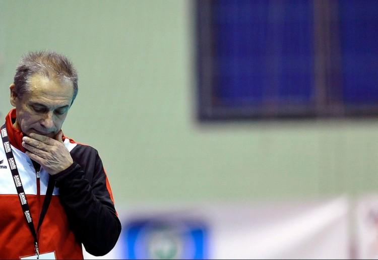 A hír kacsa: marad Debrecenben az edző