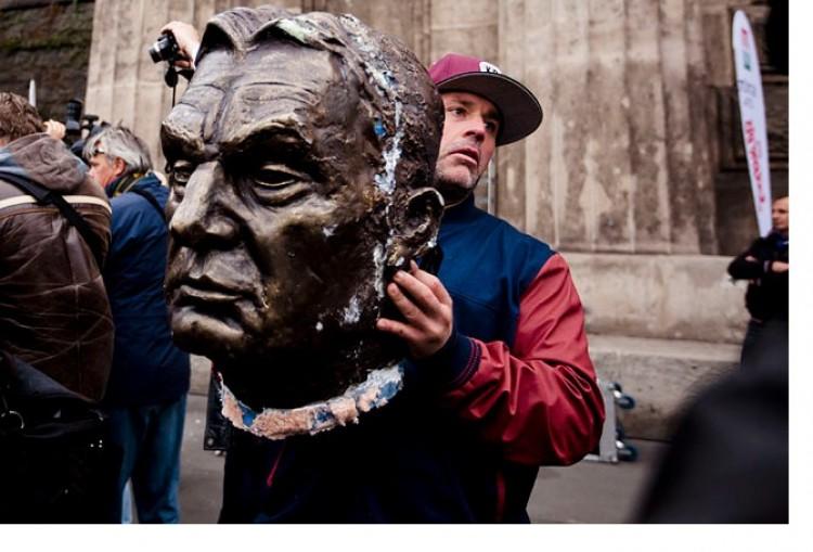 """Megúszta az ember, aki """"fejen rúgta"""" Orbán Viktort"""
