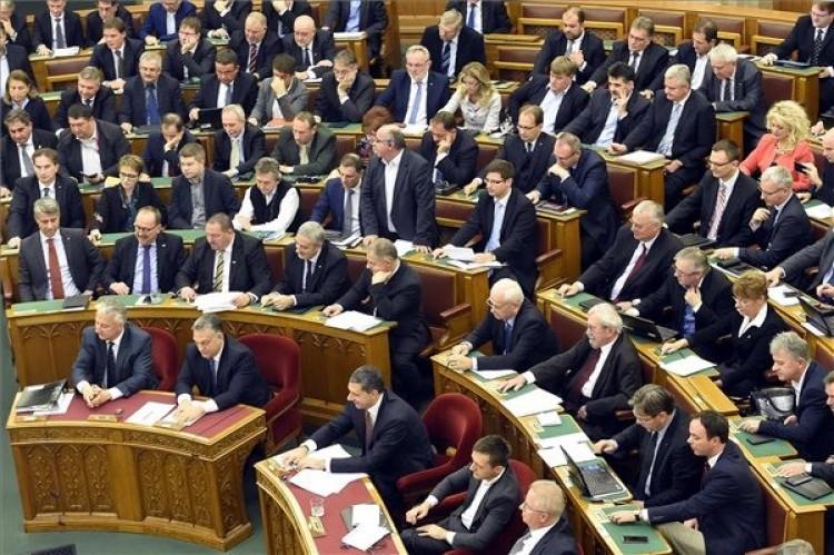 Nem kapta meg a kétharmadot Orbán Viktor