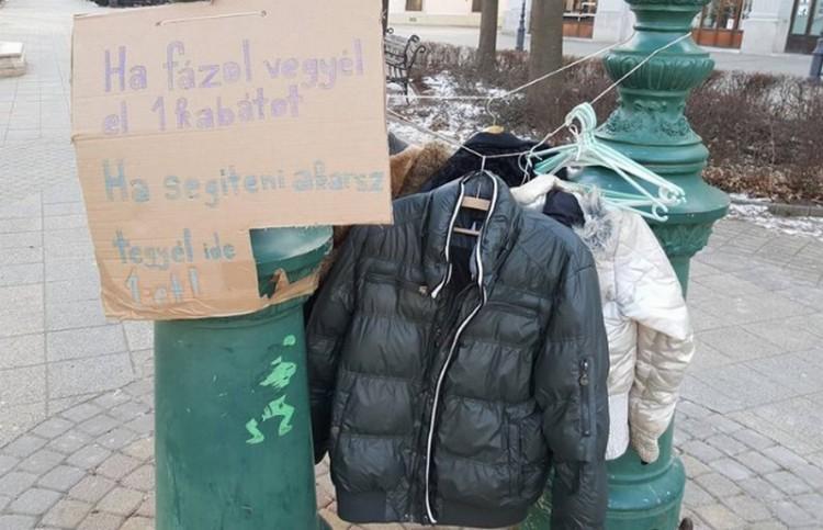 Ingyenkabát rászorulóknak – már Debrecenben is!