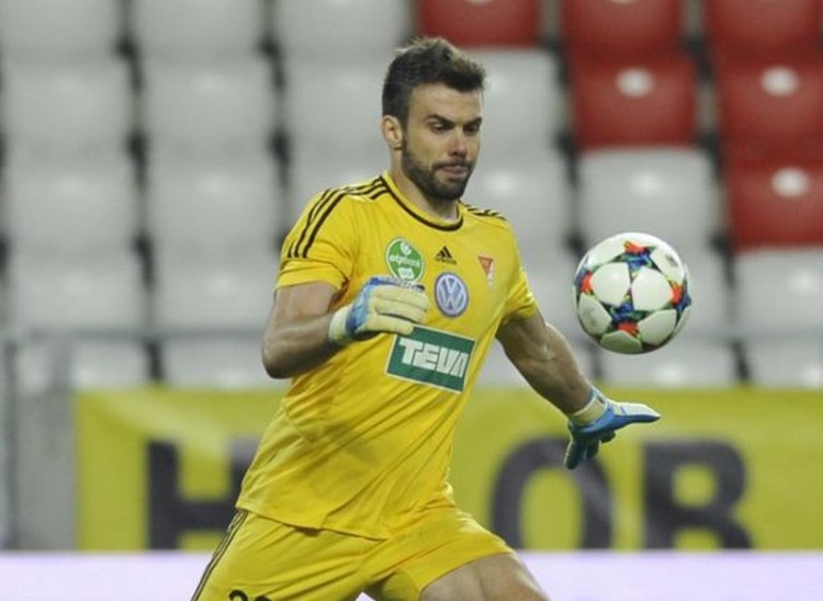 Mennyei magyar foci, avagy bénázások felsőfokon debreceni részvétellel