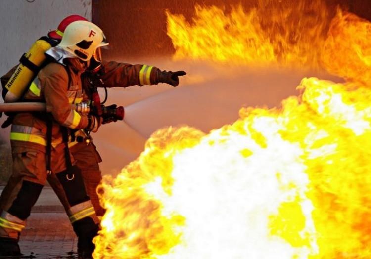 Tűz van! Nagy munkában a debreceni és a szoboszlói tűzoltók