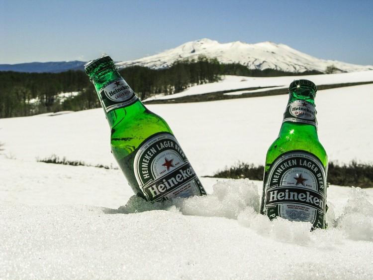 A kormány nekimegy a Heinekennek