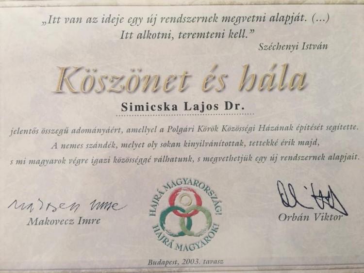 Nemrég még hálálkodott Orbán Simicskának