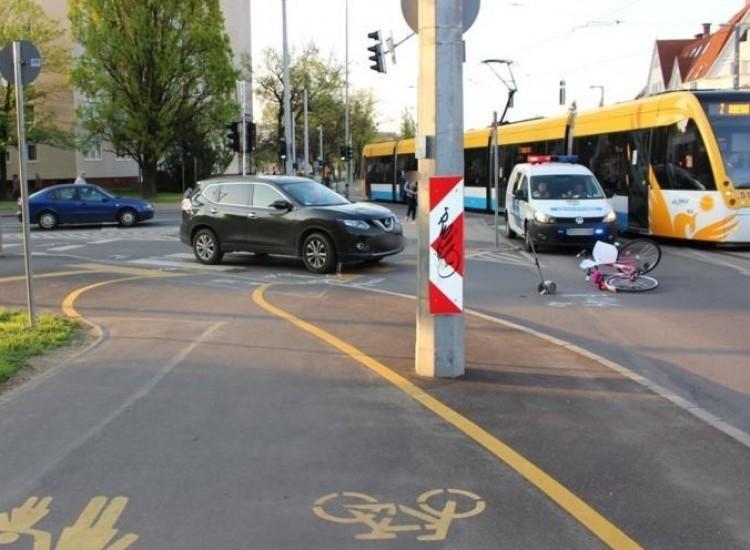 Kerékpárost gázoltak el Debrecenben. A kerékpárúton!