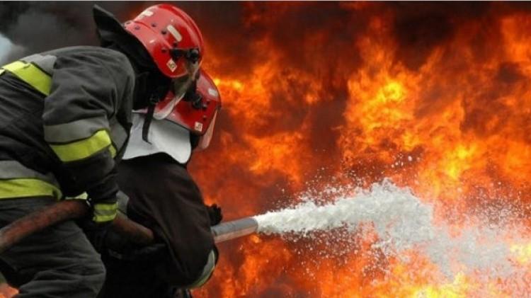 Tűz Debrecenben: égett egy családi ház
