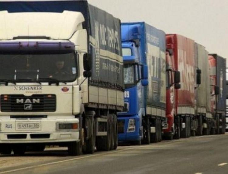 Enyhítenek a kamionstopon?