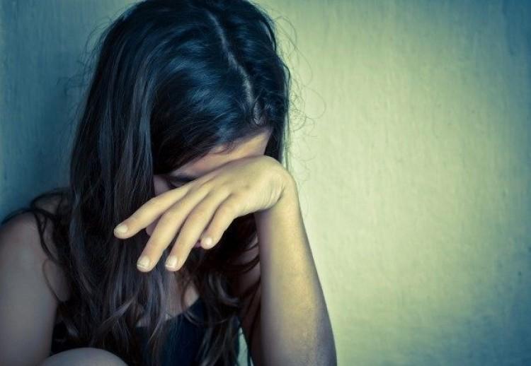 Szexbotrány Debrecenben: telefonra vették az aktust, a lány tudta nélkül