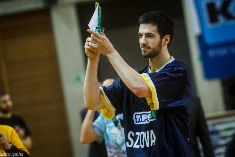 Válogatott játékost igazolt a Debrecen