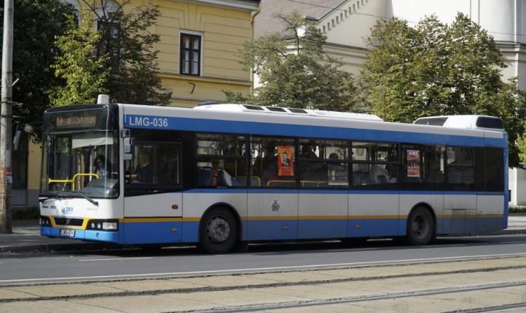 Három megállóhelyet lezárnak Debrecenben