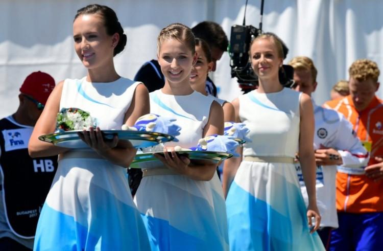 Gyönyörű magyar nőket néz a világ