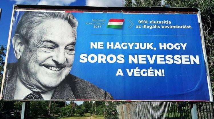 Letépik a Soros-plakátot Debrecenben