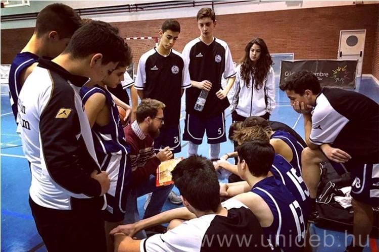 Spanyolországból igazolt edzőt a Debrecen