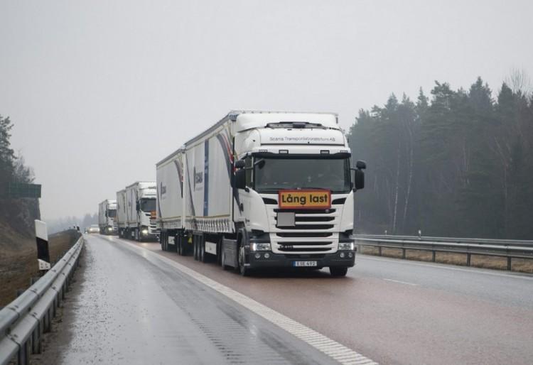Itt a jövő: sofőr nélküli kamionok a magyar autópályán