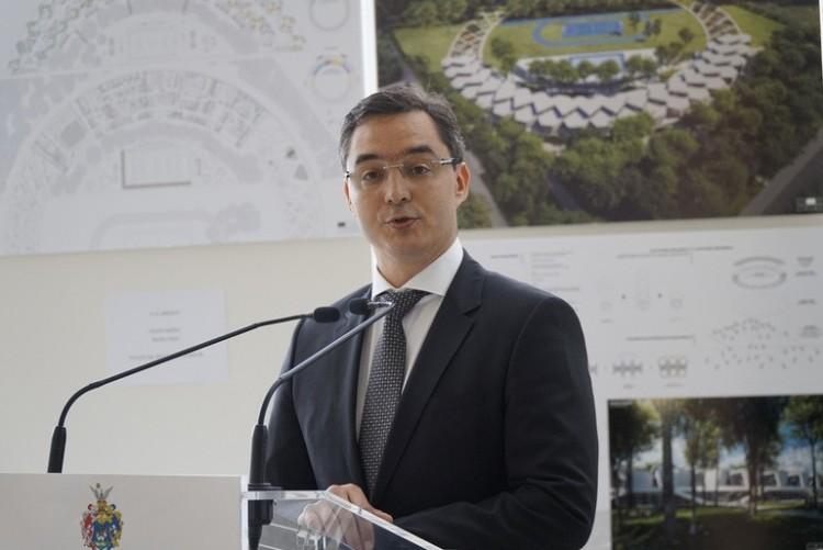 Továbbképzésre kötelezték Debrecen polgármesterét