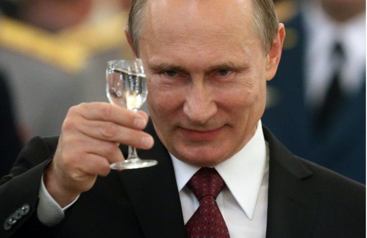 Putyin-ügy: Debrecenben hamarosan vodkában fogunk fürödni!