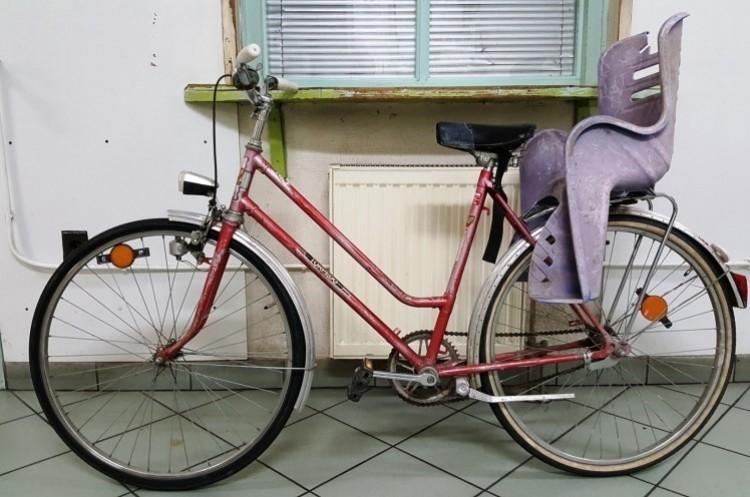 Kitoloncolták a Hajdúböszörménynél elkapott szír biciklistát
