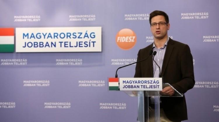 A Fidesz segít az MSZP-n: leállnak vitázni