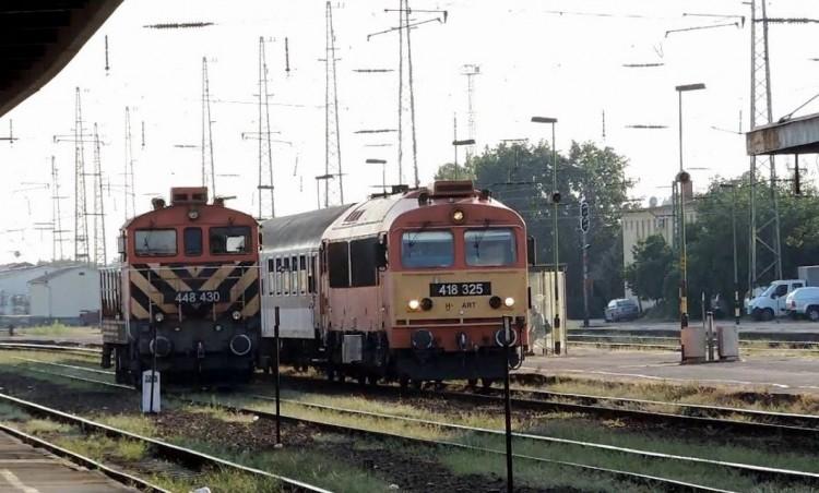 Leépülés! Húsz éve gyorsabban lehetett elérni Debrecent vasúton