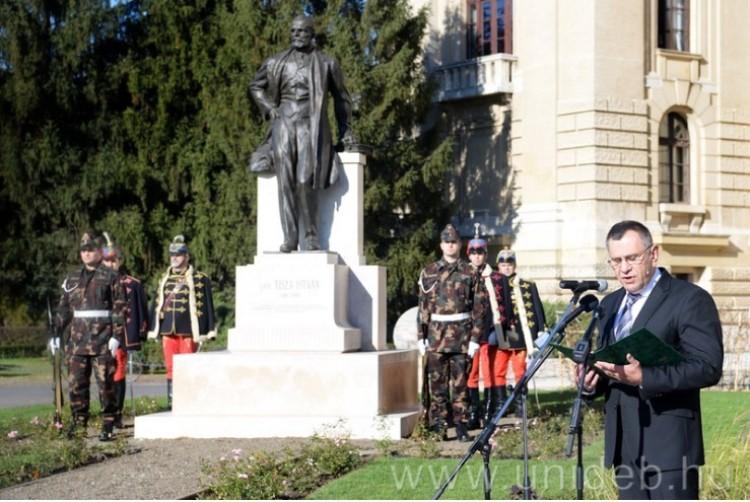 Egy nagy magyarra emlékeztek, aki Debrecenben egyetemet állíttatott