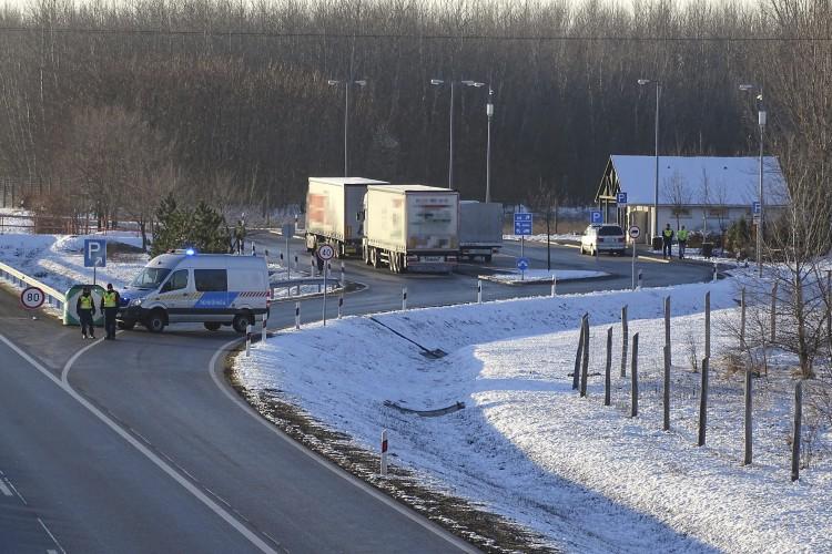 Elfogták az autópályán gyilkoló férfit