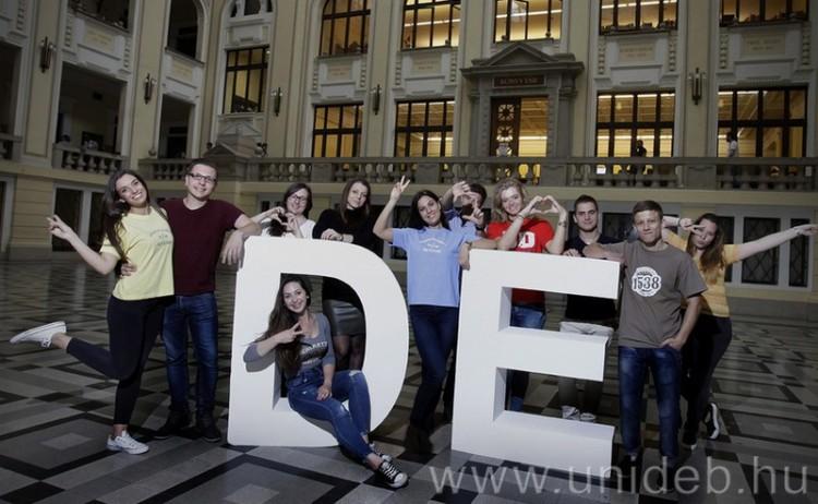 144 szak közül választhatnak Debrecenben a felvételizők