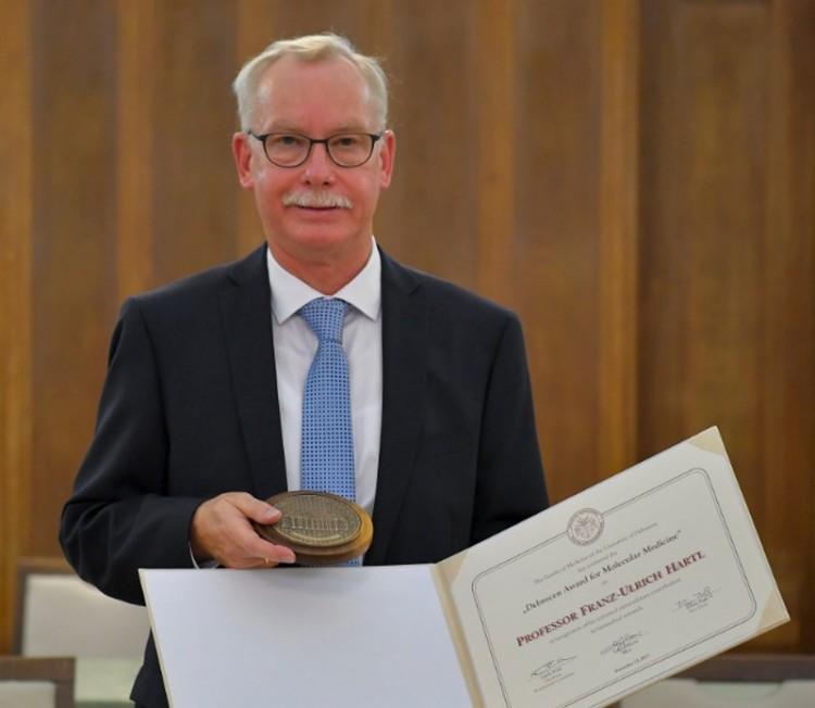 Nagyszerű orvost tüntettek ki Debrecenben