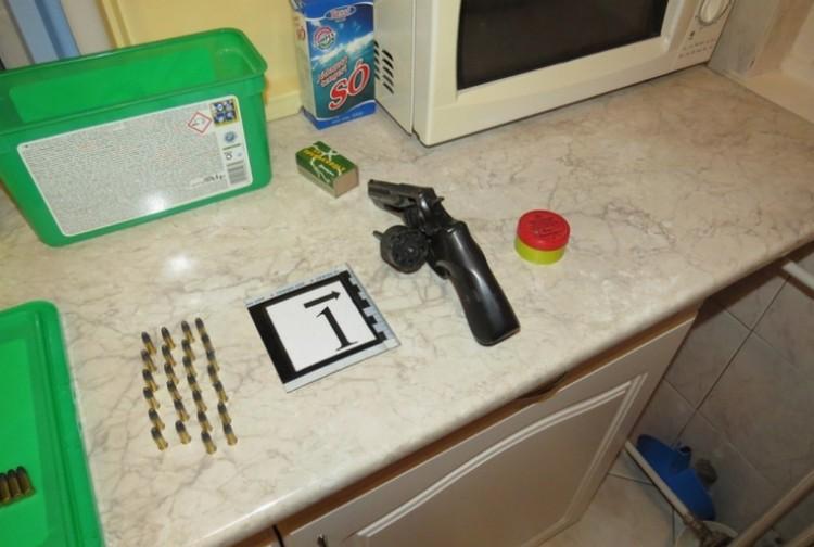 Egy Magnumot és töltényeket tartott otthon a debreceni nő