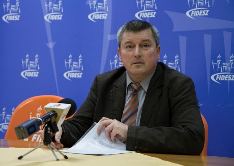 Pósán: Debrecen a béke szigete, és nem kér a Soros-szervezetekből