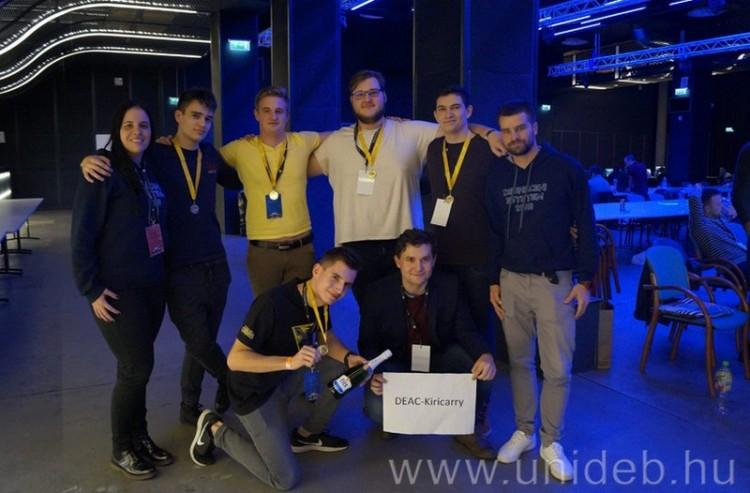 Sikeres évet zártak a Debreceni Egyetem e-sportolói
