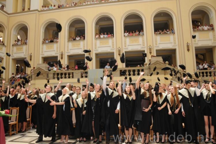 Diplomával és anélkül is biztos választás a Debreceni Egyetem