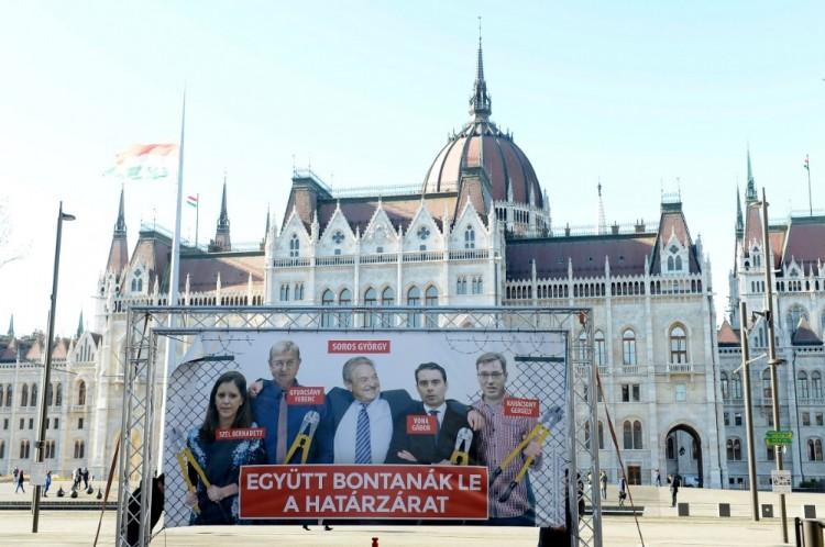 A debreceni jobbikos a Facebookon közli: beperelik a Fideszt