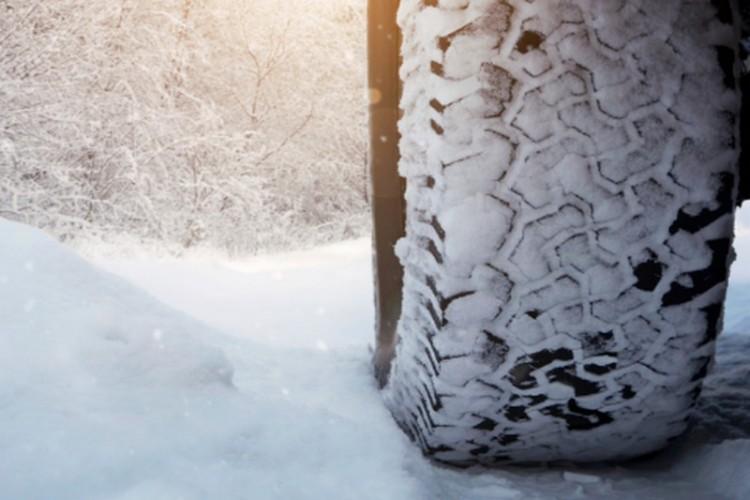 Nem minden autós bír a téllel Debrecenben