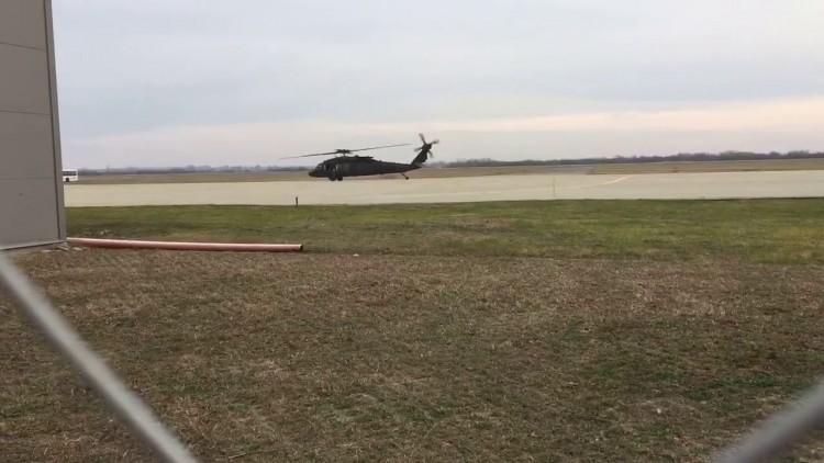 Elcsípett videó a Debrecenben landolt harci helikopterekről!