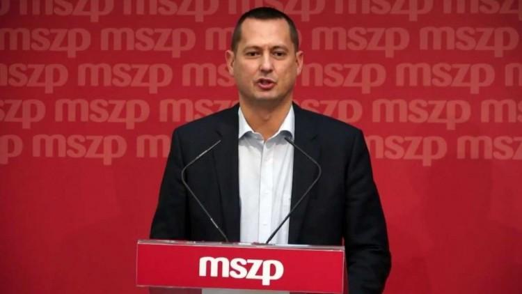 Orbán Viktort Debrecenből szólították fel