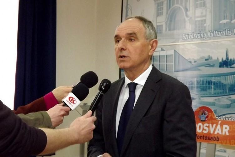 Kovács Ferencnek meg kell mutatnia, hogy nem kér a Soros-szervezetekből