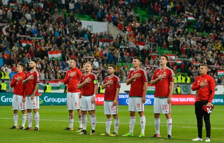 Görög, finn, észt - megvan a magyar fociválogatott csoportbeosztása!