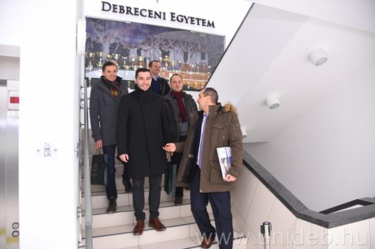 Miskolc Debrecennel szövetkezve pályázik valami nagyra