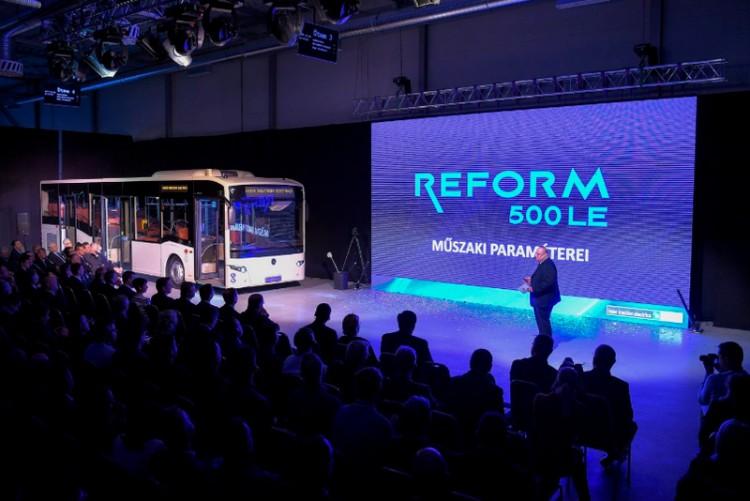 Indul a buszgyártás Debrecenben