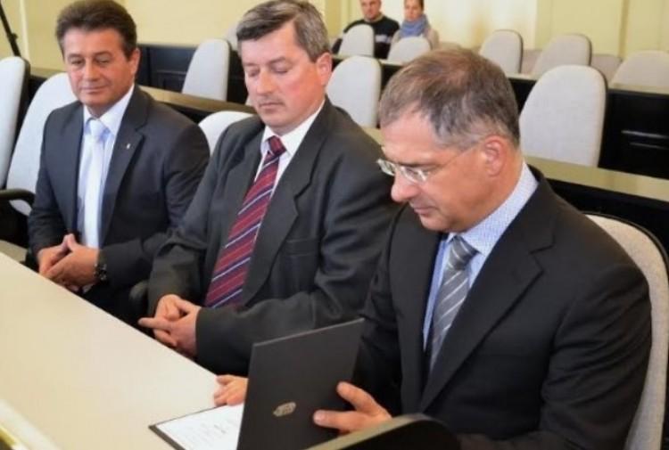 A Fidesz jelenti: Debrecen kipipálva