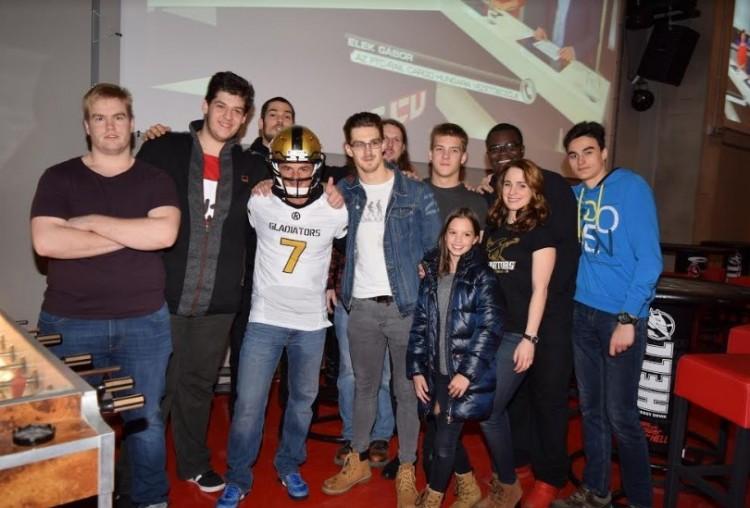 Híres Patriots-fan volt a sztárvendége a debreceni Super Bowl-éjszakának!