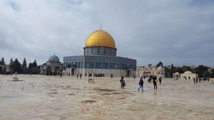 Jeruzsálemet látni kell