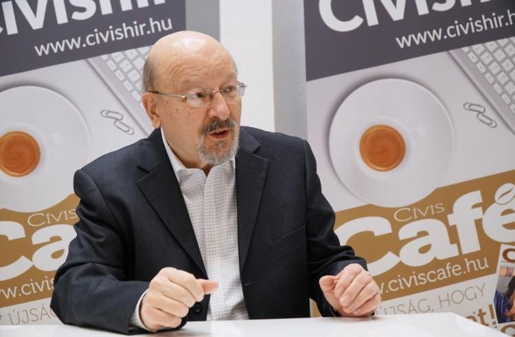 Debreceni 21-es: Korcsinszky Györggyel a közlekedési morálról és a szerelméről
