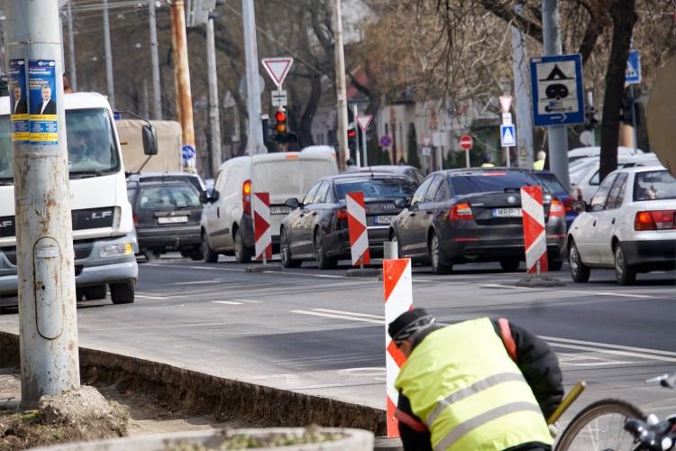 Káosz a Kossuth utcán
