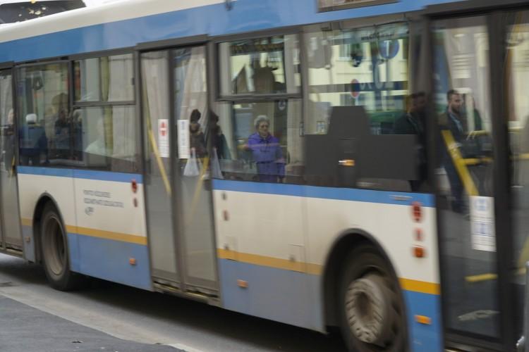Néhány napig sétálnia kell Debrecenben, ha buszra akar szállni