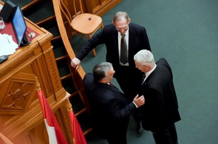 Tíz minisztériummal kezd az új kormány