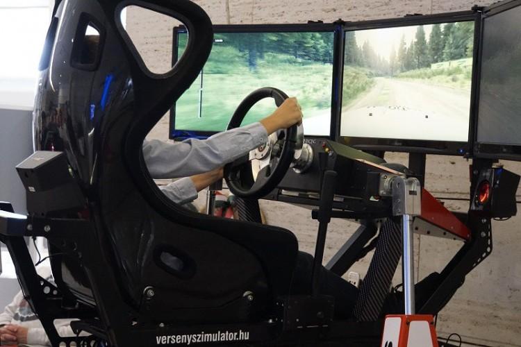 Autóversenyzőkké válhattak a debreceni gyerekek