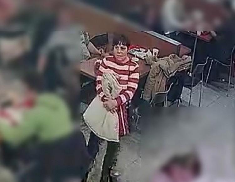 Nő lopott egy debreceni bevásárlóközpontban