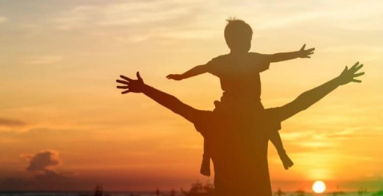 Koccintsunk az apák egészségére!