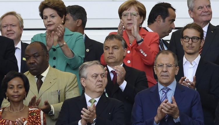 Istenen múlik, hogy Orbán Viktor mehete-e Moszkvába